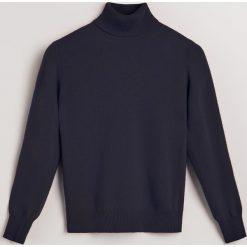 Sweter z wełny merino i kaszmiru - Granatowy. Niebieskie swetry klasyczne damskie Reserved, m, z kaszmiru. Za 299,99 zł.