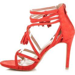 Rzymianki damskie: Zamszowe sandałki boho na szpilce LARK odcienie czerwieni