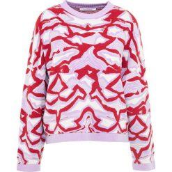 Holzweiler SISSEL Sweter lystad multi. Różowe swetry klasyczne damskie Holzweiler, s, z materiału. W wyprzedaży za 463,60 zł.