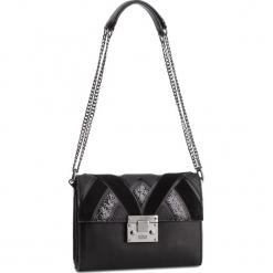 Torebka GUESS - HWBG71 83210 BLA. Czarne torebki klasyczne damskie marki Guess, z aplikacjami, ze skóry ekologicznej. Za 649,00 zł.
