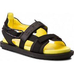 Sandały DIESEL - Sa-Berlin Sand Fss Y01712 P1045 H6662  Black/Dandelion. Czarne sandały męskie skórzane Diesel. W wyprzedaży za 339,00 zł.