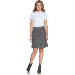 Biała Bluzka z Kontrastowym Kołnierzykiem. Białe bluzki damskie Molly.pl, l, z tkaniny, biznesowe, z kontrastowym kołnierzykiem, z krótkim rękawem. Za 99,90 zł.