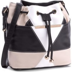 Torebka JENNY FAIRY - RC10381  Czarny 1. Czarne torebki worki marki Jenny Fairy, ze skóry ekologicznej, bez dodatków. Za 99,99 zł.
