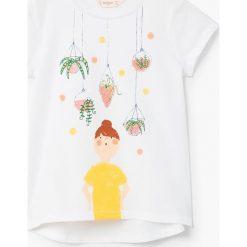 Mango Kids - Top dziecięcy Plantlo 104-164 cm. Szare bluzki dziewczęce bawełniane marki Mango Kids, z nadrukiem, z okrągłym kołnierzem, z krótkim rękawem. W wyprzedaży za 19,90 zł.