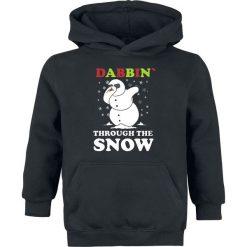 Dabbin Through The Snow Bluza z kapturem dziecięca czarny. Czarne bluzy niemowlęce Dabbin Through The Snow, z nadrukiem, z kapturem. Za 62,90 zł.