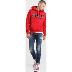 Replay Bluza z kapturem ruby red. Niebieskie bluzy męskie rozpinane marki Replay. Za 369,00 zł.