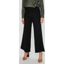 Pepe Jeans - Spodnie Itziar. Czarne jeansy damskie z wysokim stanem Pepe Jeans. W wyprzedaży za 239,90 zł.