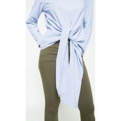 Noisy May - Bluzka. Szare bluzki asymetryczne Noisy May, m, z bawełny, casualowe, z okrągłym kołnierzem. W wyprzedaży za 39,90 zł.