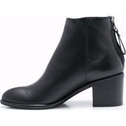 Gino Rossi - Botki. Czarne buty zimowe damskie marki Gino Rossi, z materiału, na obcasie. W wyprzedaży za 359,90 zł.