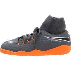 Nike Performance JR PHANTOMX 3 ACADEMY DF IC Halówki dark grey/total orange/white. Szare buty sportowe męskie Nike Performance, z materiału. W wyprzedaży za 237,15 zł.