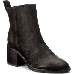 Botki LIU JO - Stivaletto Tc 60 Nat S67157 P0079 Plain Chocolate 90840. Brązowe buty zimowe damskie Liu Jo, ze skóry, na obcasie. W wyprzedaży za 499,00 zł.