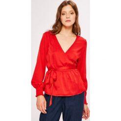 Vero Moda - Bluzka. Szare bluzki z odkrytymi ramionami marki Vero Moda, l, z poliesteru, casualowe. W wyprzedaży za 129,90 zł.