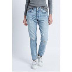 Levi's - Jeansy. Brązowe jeansy damskie marki Levi's®, z bawełny, z podwyższonym stanem. W wyprzedaży za 289,90 zł.