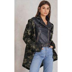 NA-KD Trend Płaszcz przeciwdeszczowy z nadrukiem moro - Multicolor. Szare płaszcze damskie NA-KD Trend, moro, z poliesteru. W wyprzedaży za 121,48 zł.