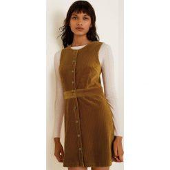 Mango - Sukienka Farrah. Szare sukienki mini marki Mango, na co dzień, l, z tkaniny, casualowe, z dekoltem halter, na ramiączkach, rozkloszowane. Za 139,90 zł.