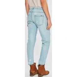 Answear - Jeansy Wiya for Answear. Niebieskie jeansy damskie ANSWEAR. W wyprzedaży za 99,90 zł.