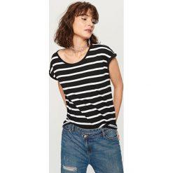 T-shirt z bawełny organicznej - Wielobarwn. Szare t-shirty damskie marki Reserved, l, z bawełny. Za 24,99 zł.