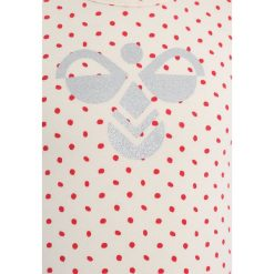 Hummel BABY  Bluzka z długim rękawem hibiscus. Fioletowe bluzki dziewczęce bawełniane marki Hummel, z długim rękawem. Za 129,00 zł.