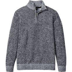 Sweter ze stójką Regular Fit bonprix czarno-biały melanż. Szare golfy męskie marki bonprix, m, z aplikacjami, z dzianiny. Za 74,99 zł.