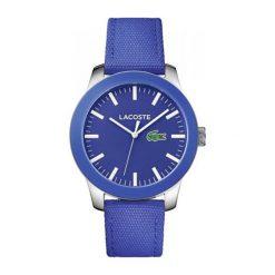 """Zegarek """"L1212-2010921"""" w kolorze granatowo-srebrnym. Niebieskie, analogowe zegarki męskie Lacoste, srebrne. W wyprzedaży za 412,95 zł."""