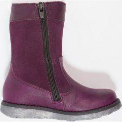 Superfit EMMA Kozaki eggplant. Fioletowe buty zimowe damskie marki Superfit, z materiału, na wysokim obcasie. W wyprzedaży za 199,50 zł.
