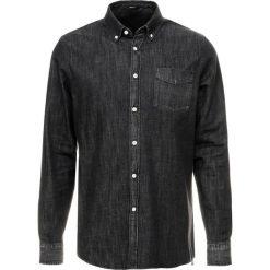 Denham STANDARD Koszula black. Czarne koszule męskie na spinki Denham, m, z bawełny. Za 549,00 zł.