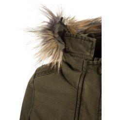 Cars Jeans JORDAY Płaszcz zimowy army. Zielone kurtki chłopięce marki Cars Jeans, na zimę, z bawełny. W wyprzedaży za 272,35 zł.