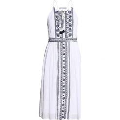 Sukienki hiszpanki: Abercrombie & Fitch EMBRIODERED Sukienka letnia white