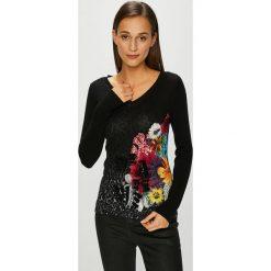 Desigual - Sweter. Czarne swetry klasyczne damskie Desigual, l, z bawełny. Za 299,90 zł.