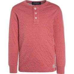 Polo Ralph Lauren HENLEY Bluzka z długim rękawem adirondack berry. Fioletowe bluzki dziewczęce bawełniane marki bonprix, z nadrukiem. Za 169,00 zł.