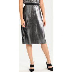 Spódniczki plisowane damskie: someday. ODUNA Spódnica trapezowa silver stream