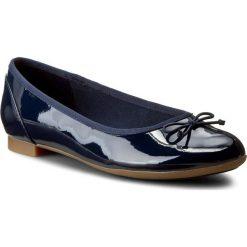 Baleriny CLARKS - Couture Bloom 261185194 Navy Patent. Niebieskie baleriny damskie marki Clarks, z materiału. W wyprzedaży za 199,00 zł.