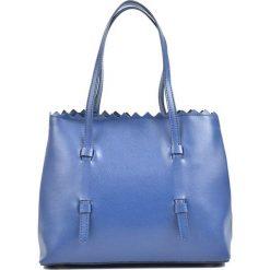 Torebki klasyczne damskie: Skórzana torebka w kolorze niebieskim – (S)33 x (W)24 x (G)16 cm