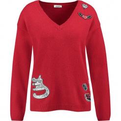 Sweter w kolorze czerwonym. Czerwone swetry klasyczne damskie marki Taifun, z wełny. W wyprzedaży za 130,95 zł.