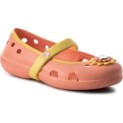 Baleriny CROCS - Keeley Petal Charm Flat Ps 15399 Melon/Sunshine. Różowe baleriny dziewczęce marki Crocs, z materiału. Za 89,00 zł.
