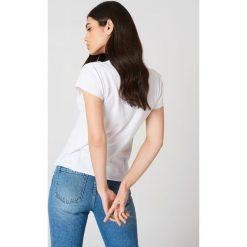 Rut&Circle T-shirt Lemon - White. Zielone t-shirty damskie marki Rut&Circle, z dzianiny, z okrągłym kołnierzem. Za 80,95 zł.
