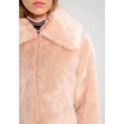 Bomberki damskie: Topshop Petite CLAIRE LUX Kurtka zimowa nude