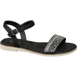 Sandały damskie Graceland czarne. Czarne rzymianki damskie Graceland, z materiału, na obcasie. Za 89,90 zł.