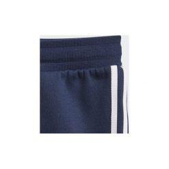 Zestawy dresowe adidas  Dres z bluzą z kapturem i suwakiem na całej długości Trefoil. Niebieskie bluzy chłopięce rozpinane marki Adidas, z dresówki, z kapturem. Za 229,00 zł.