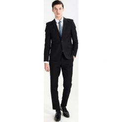 Burton Menswear London SKINNY Garnitur black. Czarne garnitury Burton Menswear London, z materiału. W wyprzedaży za 359,25 zł.