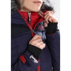 Superdry RACER Kurtka snowboardowa dark blue. Szare kurtki damskie narciarskie marki Superdry, l, z nadrukiem, z bawełny, z okrągłym kołnierzem. W wyprzedaży za 899,10 zł.