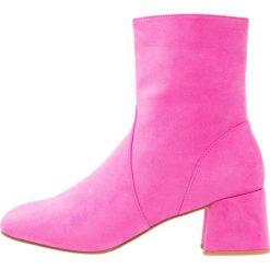 Botki damskie lity: Public Desire BLU Botki hot pink