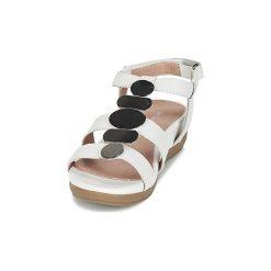 Sandały Stonefly  EVE. Białe sandały damskie Stonefly. Za 307,30 zł.