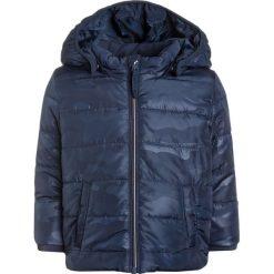 Name it NITMIT MINI CAMP Kurtka zimowa dress blues. Niebieskie kurtki chłopięce zimowe Name it, z materiału. W wyprzedaży za 135,20 zł.