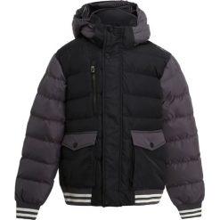 CMP BOY ZIP HOOD  Kurtka zimowa antracite. Czarne kurtki chłopięce sportowe marki CMP, na zimę, z materiału. W wyprzedaży za 169,50 zł.