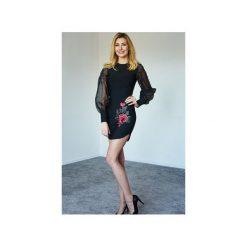 Sukienka czarna Rose. Czarne sukienki z falbanami marki Kelly couronne, l, z aplikacjami, z tiulu, wyszczuplające. Za 269,10 zł.