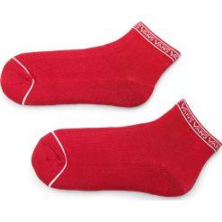 Skarpety Wysokie Damskie VANS - Low Tide Socks VA3AIZYFO Red. Czerwone skarpetki damskie marki Vans, z bawełny. Za 29,00 zł.