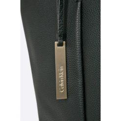Torebki klasyczne damskie: Calvin Klein Jeans – Torebka skórzana