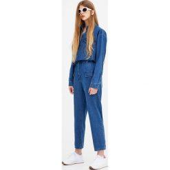 Kombinezony damskie: Jeansowy kombinezon z długim rękawem