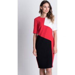 Asymetryczna sukienka z krótkim rękawem BIALCON. Czarne sukienki asymetryczne marki BIALCON, w geometryczne wzory, wizytowe, z asymetrycznym kołnierzem, z krótkim rękawem, mini. W wyprzedaży za 164,00 zł.